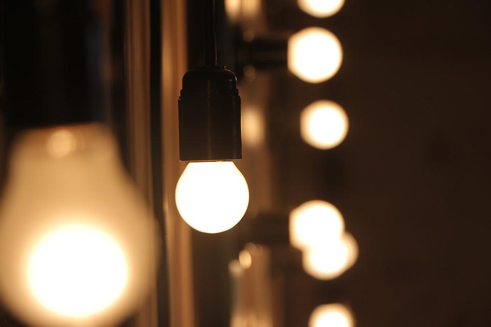 Luce calda o luce fredda? L'eterno dilemma
