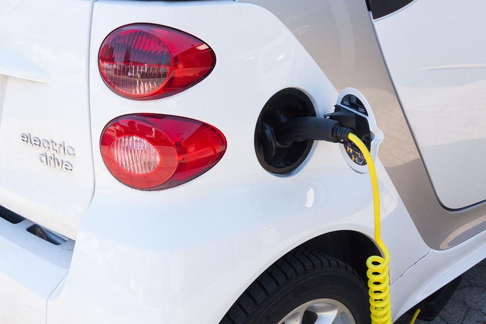A Bolzano il via agli incentivi per le auto elettriche