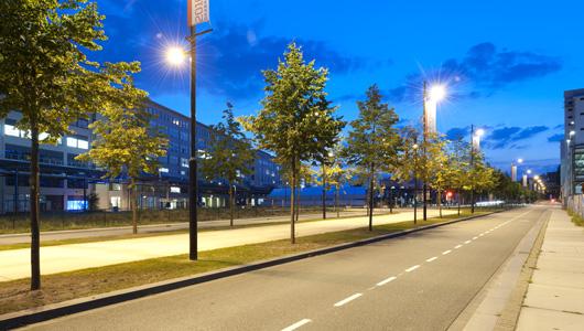 Città illuminate da sistemi intelligenti e sostenibili