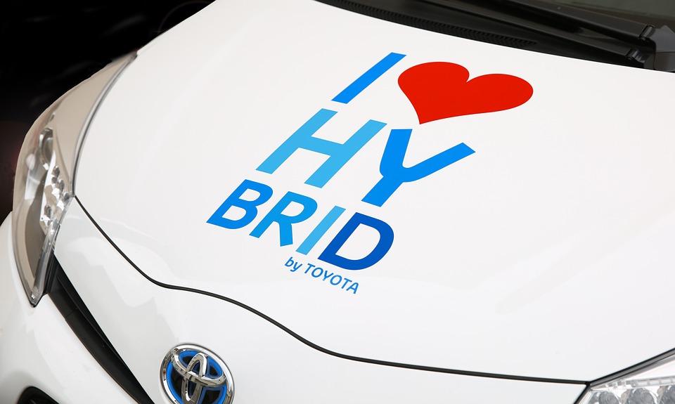 Addio diesel: la svolta green di Toyota