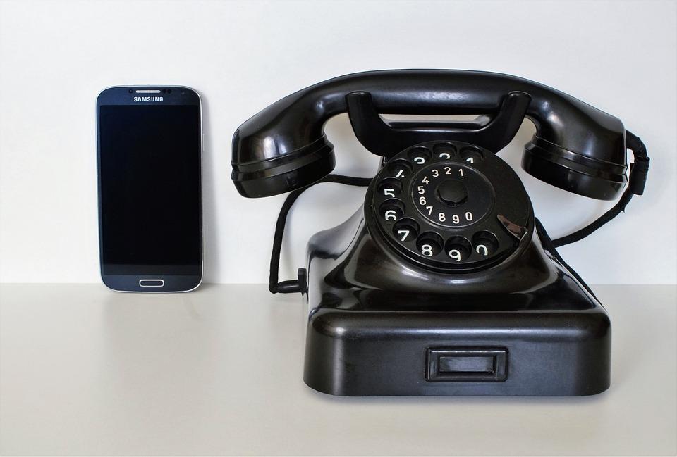 Illegittimi i costi di disattivazione telefonici: la sentenza